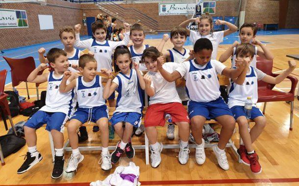Escuela Municipal de Baloncesto, dirigida por la Fundación 24 Horas.